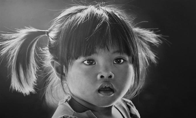 Lê Hồng Linh: 'Thấu cảm' qua khung hình đen trắng