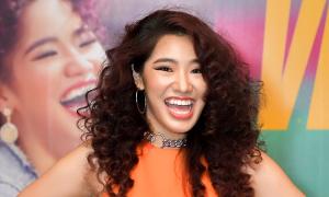 Con gái Cẩm Vân ra MV 'Virus'