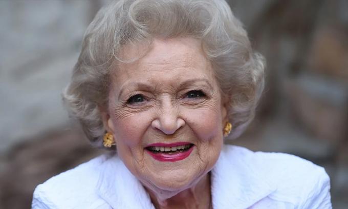 Bí quyết sống thọ của minh tinh Betty White