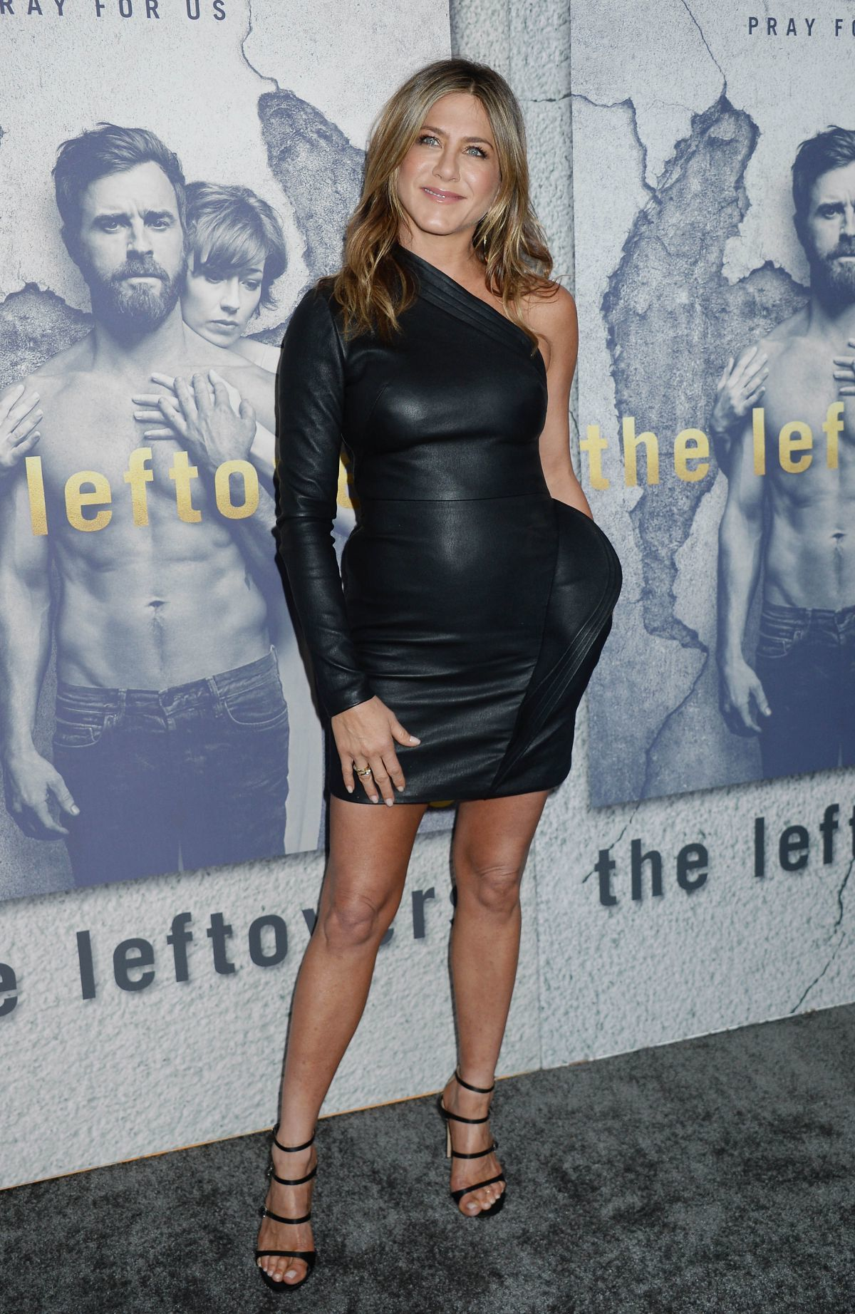 jennifer-aniston-at-the-leftovers-season-3-premiere-in-los-angeles-04-04-2017-5-1613276728
