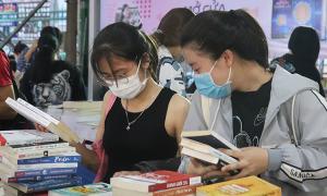 'Hội sách xuyên Việt' thu hút hàng nghìn độc giả