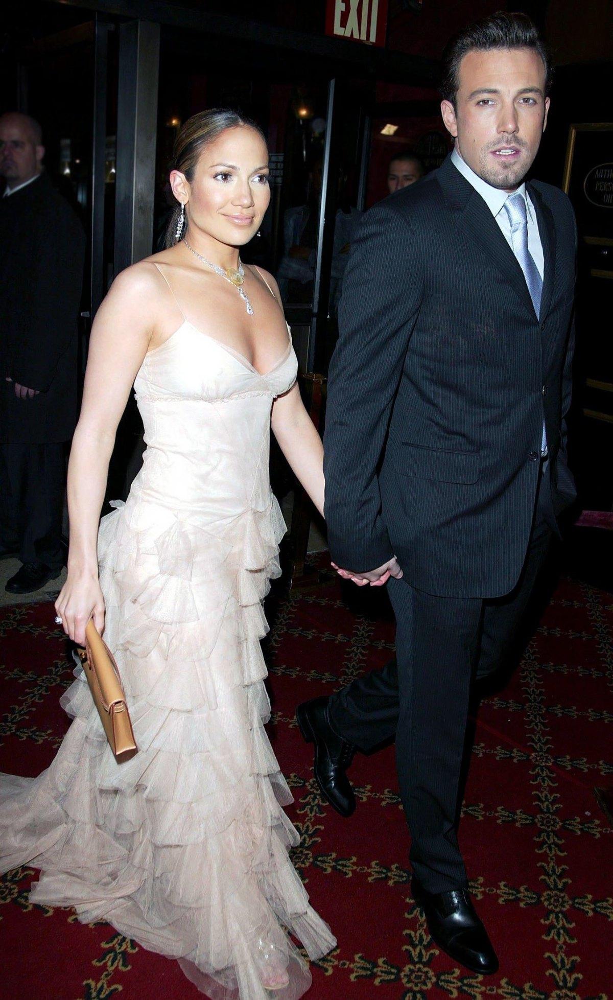 Jennifer-Lopez-Ben-Affleck-3-1623470438