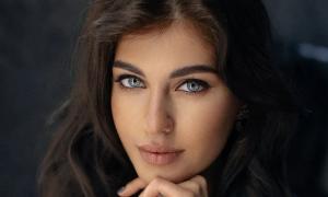 Nhan sắc Hoa hậu Hòa bình Nga 2021