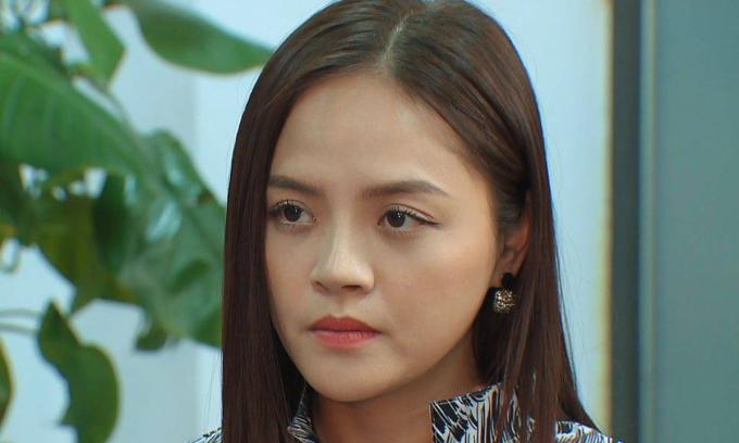 Thu Quỳnh được khen diễn xuất trong 'Hương vị tình thân'
